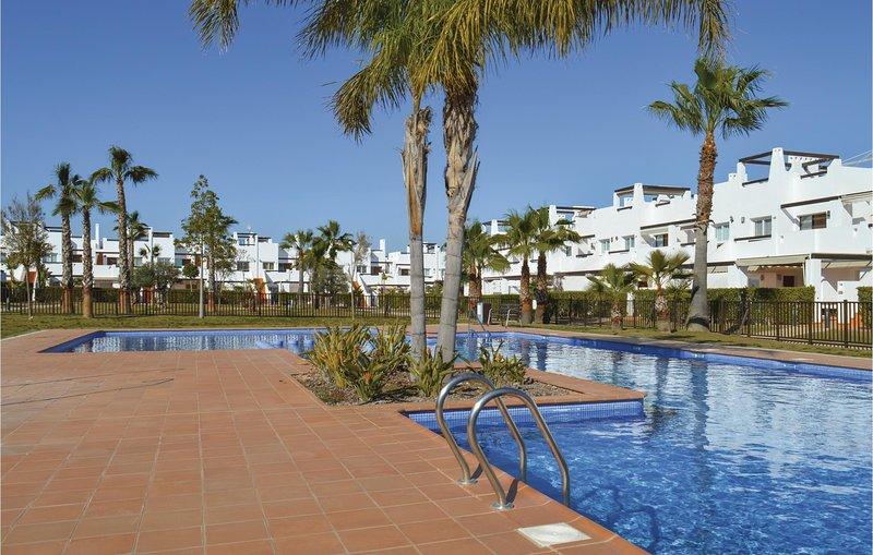 Stunning home in Alhama de Murcia with WiFi and 2 Bedrooms (ECC496), aluguéis de temporada em Camposol