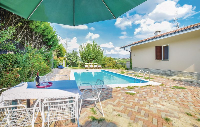 Villa Isabella (IPL223), holiday rental in Costigliole d'Asti