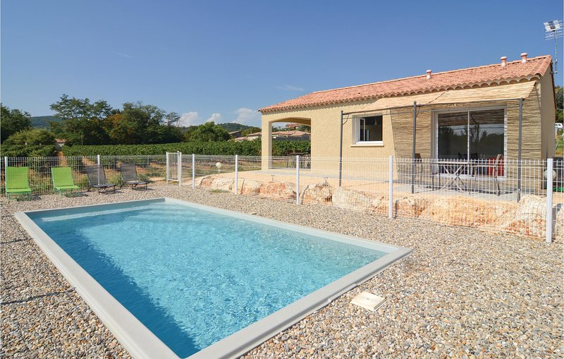 Awesome home in Saint-Ambroix with WiFi and 2 Bedrooms (FLG343), vacation rental in Saint-Victor-de-Malcap