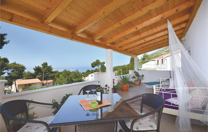 Nice home in Ivan Dolac with 2 Bedrooms (CDH419), vacation rental in Ivan Dolac
