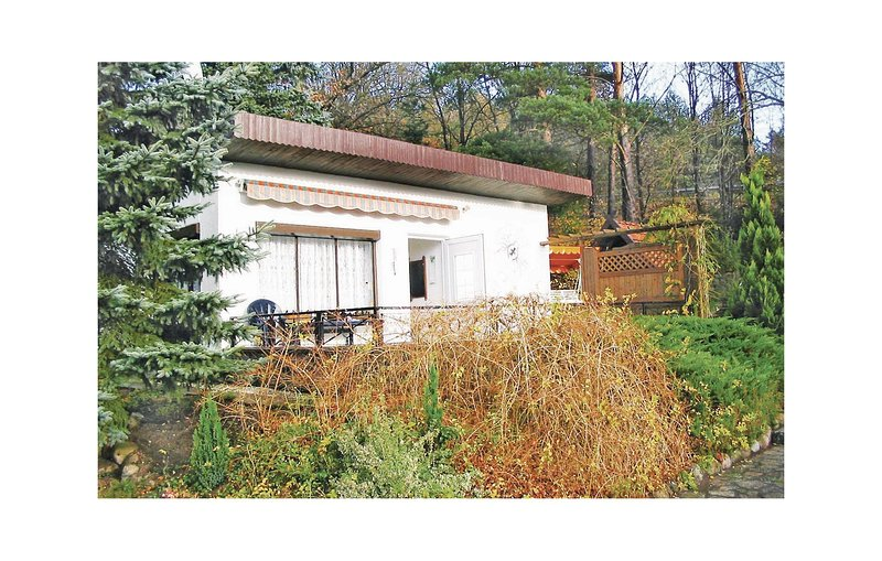 Beautiful home in Weberin with 1 Bedrooms (DMV292), casa vacanza a Borkow