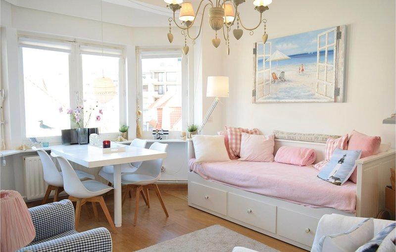 Residentie Franck (BVA247), holiday rental in Oostduinkerke