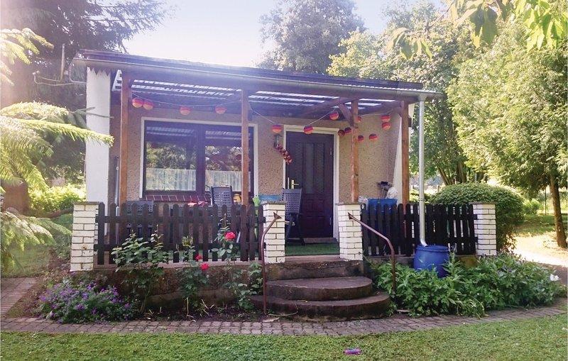 Nice home in Sagsdorf with 0 Bedrooms (DMV327), casa vacanza a Borkow