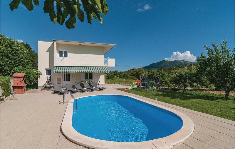 Nice home in Gata with WiFi and 3 Bedrooms (CDT697), holiday rental in Gata