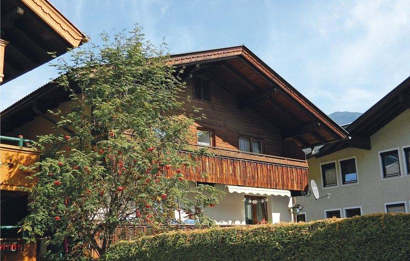 Awesome home in Fügen w/ 2 Bedrooms Chalet in Fugen