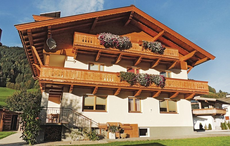 Amazing home in Itter with WiFi and 3 Bedrooms (ATI086), holiday rental in Oberndorf