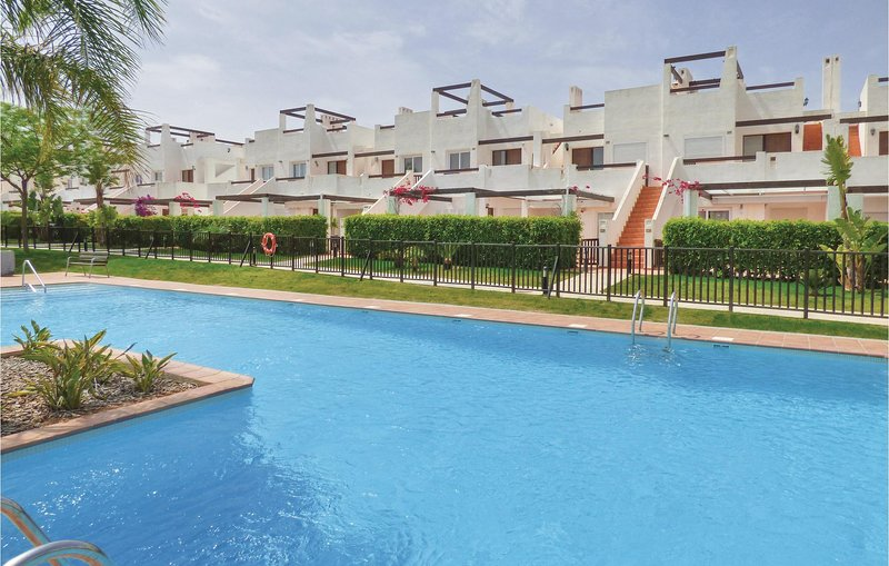 Stunning home in Condado de Alhama with WiFi and 3 Bedrooms (ECC466), holiday rental in Camposol