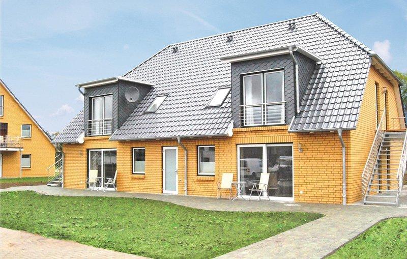"FeWo ""Burg Stargard"", holiday rental in Loitz"