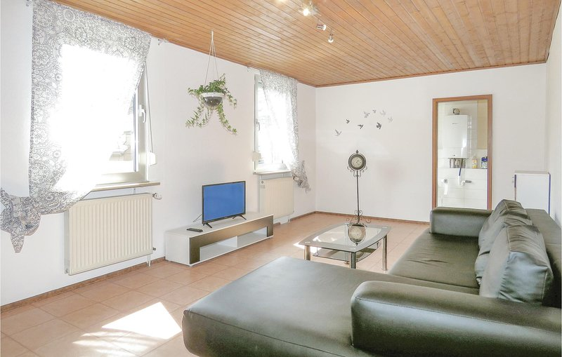 Beautiful home in Lahnstein with 1 Bedrooms (DWW903), holiday rental in Niederfell