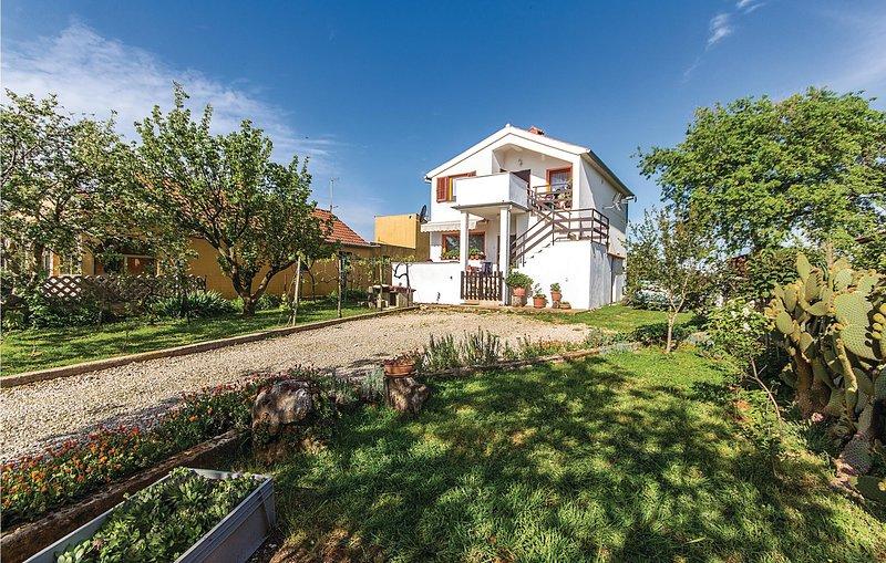 Amazing home in Radeki Polje with WiFi and 1 Bedrooms (CIC457), holiday rental in Loborika