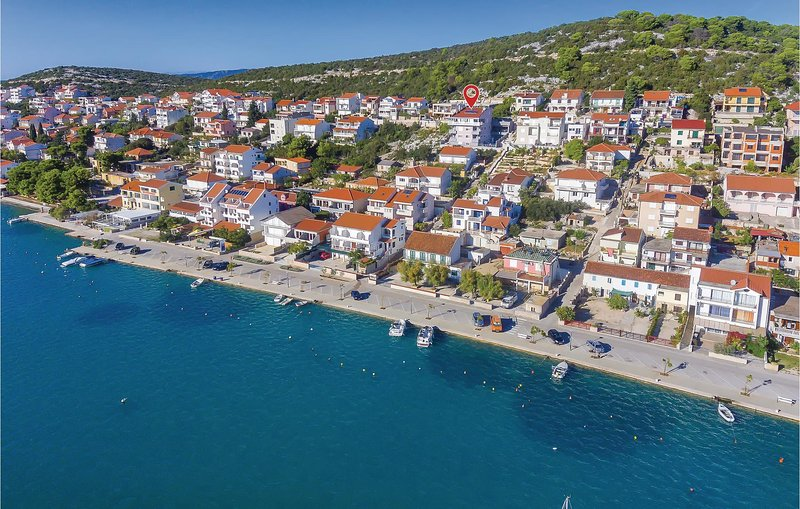 Stunning home in Tisno with WiFi and 1 Bedrooms (CDJ506), holiday rental in Tijesno