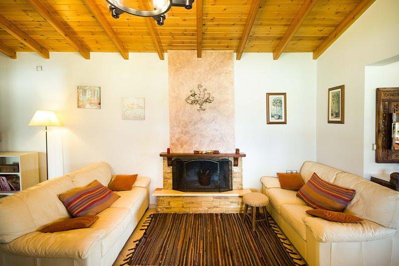 Pine Forest House, aluguéis de temporada em Kompitsi