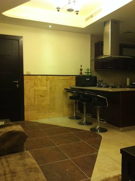 Luxury 3 bedrooms Apartment - Family Apartment, holiday rental in Madaba