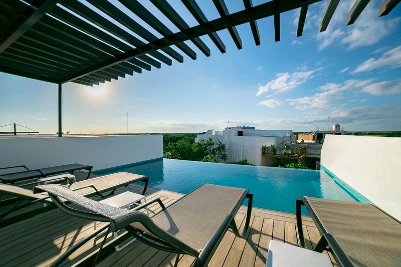 BEAUTIFUL 1 BEDROOM PENTHOUSE Aldea Zama  / Quinto Sol 23, alquiler de vacaciones en Tulum Beach