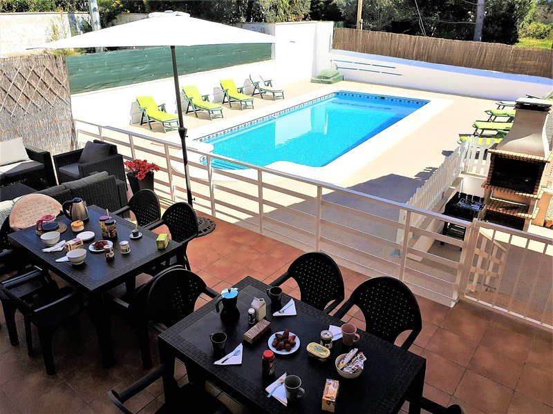 Villa Montesol, lujo junto a Gandia, aluguéis de temporada em Otos