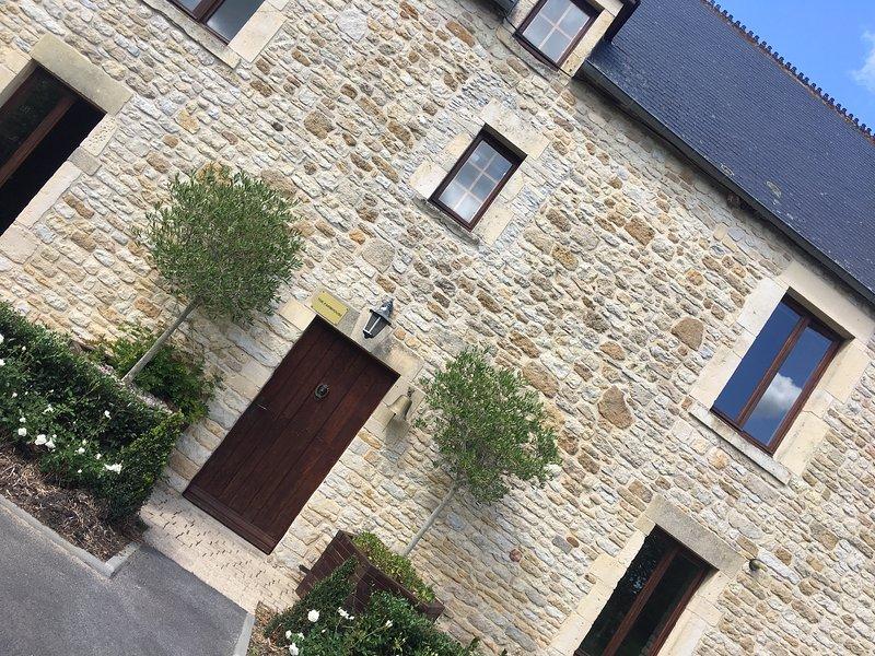 FARMHOUSE - Carentan, Bayeux, Caen, Normandy, holiday rental in Carentan