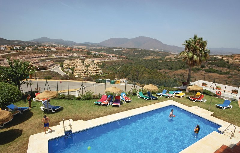 Awesome home in Casares Costa with 3 Bedrooms (EAN052), vacation rental in Casares del Sol