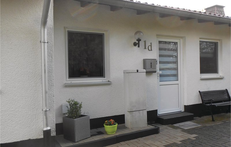Stunning home in Diemelsee OT Sudeck with WiFi and 1 Bedrooms (DHE251), holiday rental in Helminghausen