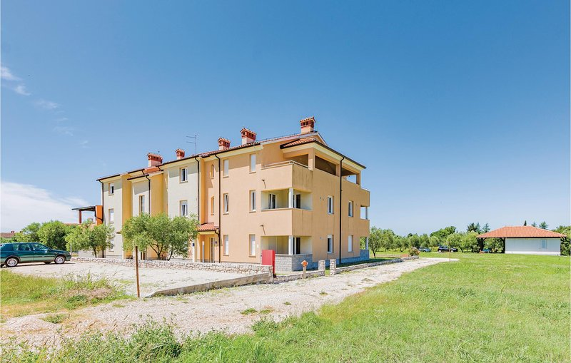Beautiful home in Alberi with WiFi and 1 Bedrooms (CIU171), alquiler de vacaciones en Crveni Vrh