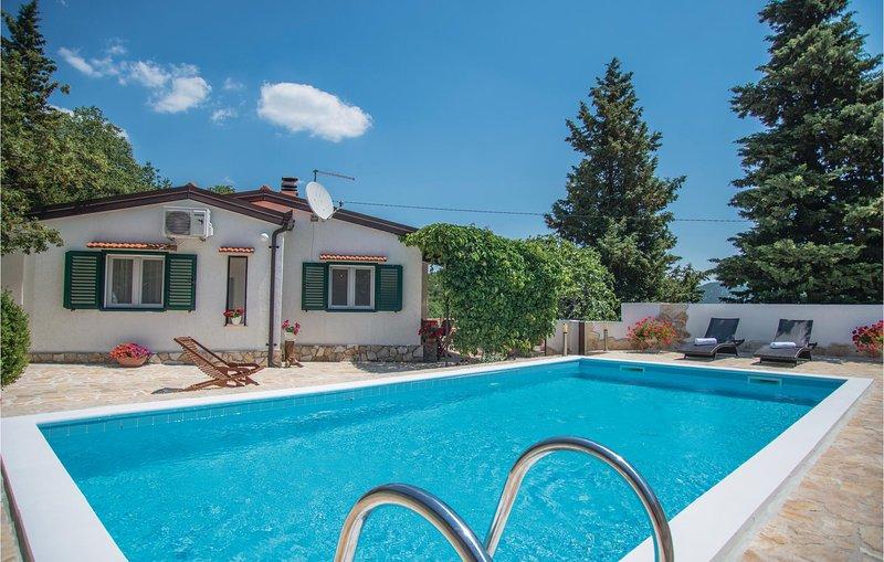 Beautiful home in Visnjica with 2 Bedrooms (CDM865), location de vacances à Drvenik
