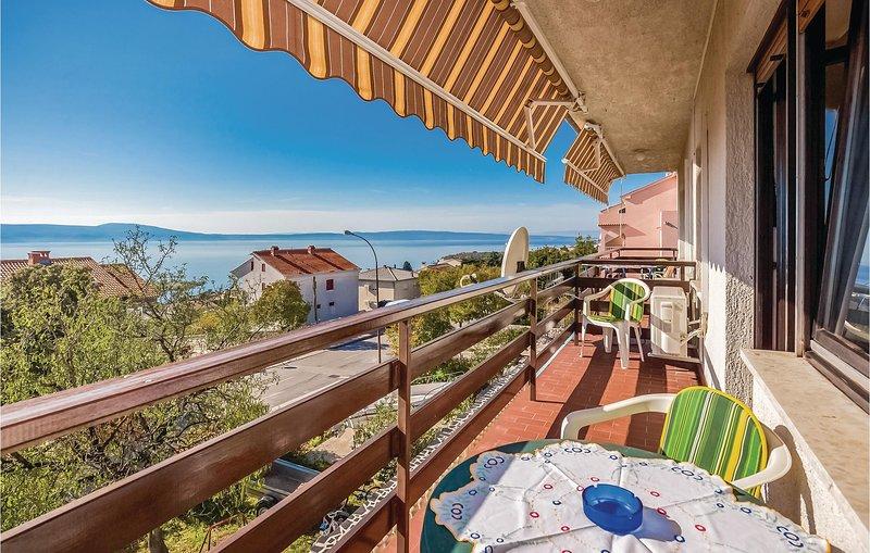 Nice home in Novi Vinodolski with WiFi and 1 Bedrooms (CKN432), casa vacanza a Donji Zagon
