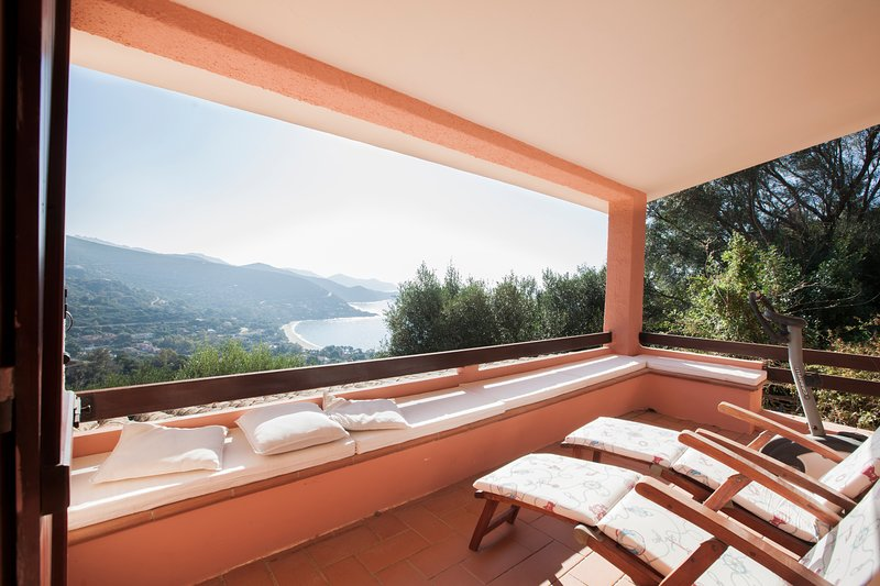 Holiday House Pina, alquiler vacacional en Torre delle Stelle