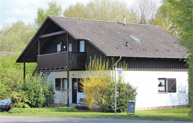 Nice home in Thalfang with WiFi and 2 Bedrooms (DHU212), holiday rental in Thalfang