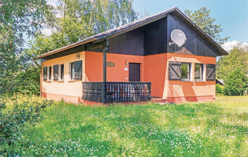 Stunning home in Thalfang with 2 Bedrooms (DHU219), holiday rental in Thalfang