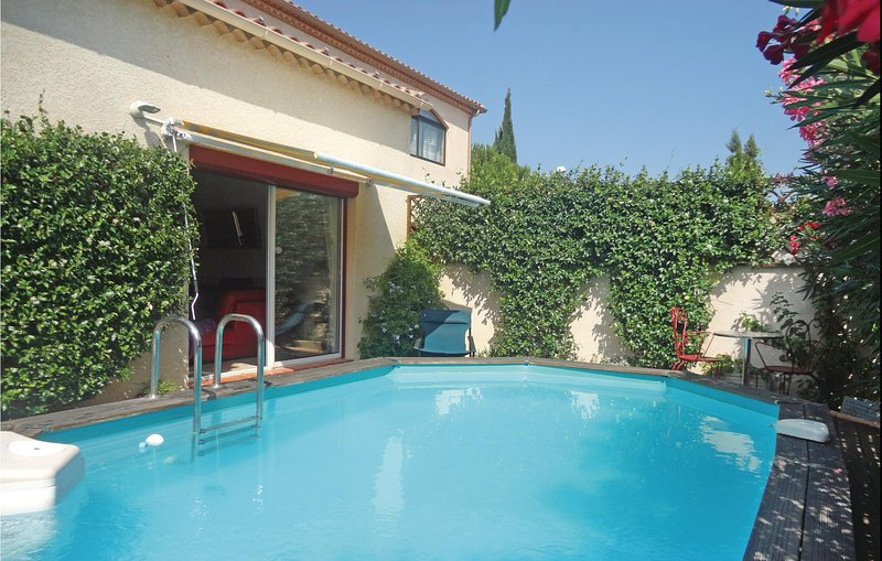 Beautiful home in Villeneuve les Beziers w/ WiFi and 2 Bedrooms (FLH708), holiday rental in Cers
