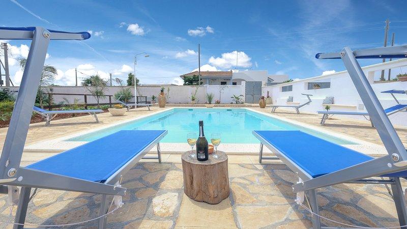 Villa Cigaline pool nature and relax, vacation rental in Montesardo