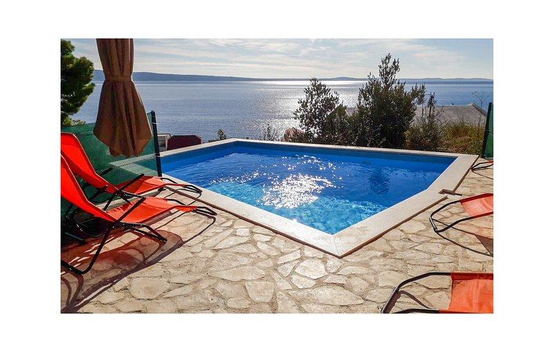 Amazing home in Jesenice with WiFi and 1 Bedrooms (CDF504), alquiler de vacaciones en Jesenice