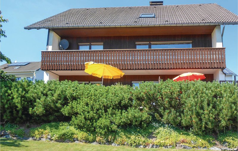 Beautiful home in Medebach-Düdinghausen with WiFi and 1 Bedrooms (DNW157), holiday rental in Korbach