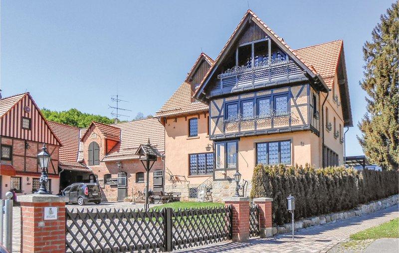 Stunning home in Diemelstadt with WiFi and 3 Bedrooms (DNW151), holiday rental in Volkmarsen