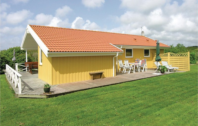 Beautiful home in Vestervig w/ Sauna, WiFi and 3 Bedrooms (A6187), holiday rental in Agger