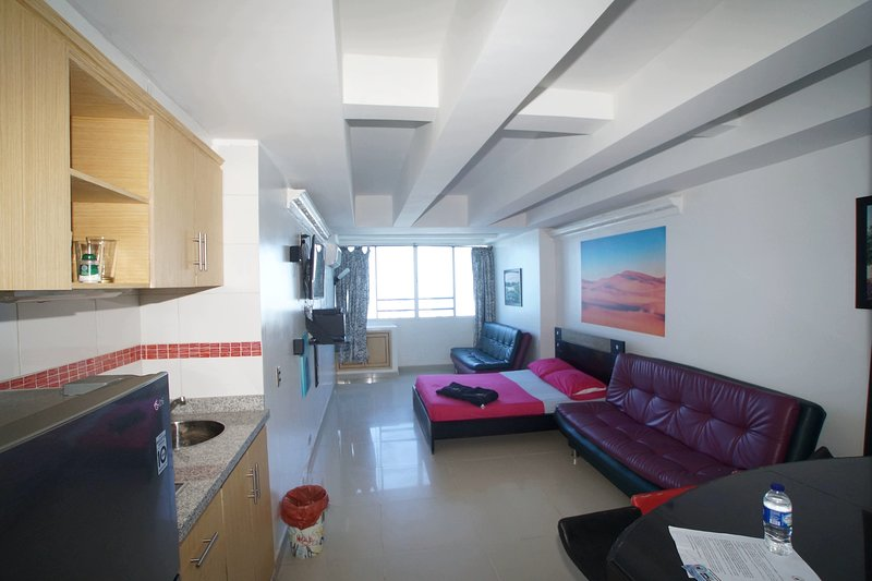 VERY NICE LOFT WITH MARVELOUS VIEW OVER THE CITY, vacation rental in Cartagena