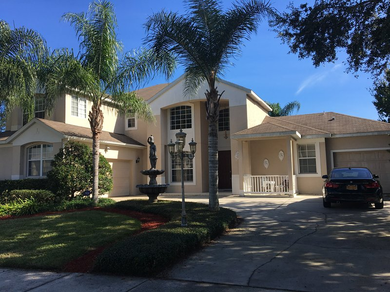 Orlando Luxury home with Swimming Pool!, location de vacances à Apopka