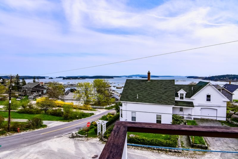 HARBOR VISTA - Stonington, holiday rental in Stonington