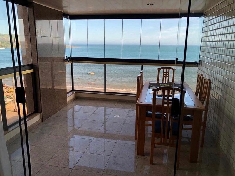 Apartamento em frente a Praia do Morro - 4 qts, 2 vagas garagem, WI Guarapari-ES, location de vacances à Alfredo Chaves