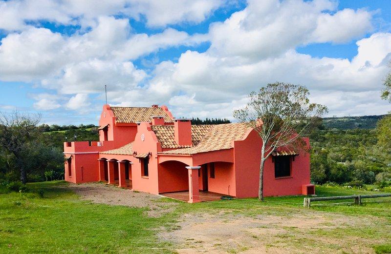 Cabaña Las Cascadas - Chalet Principal - Sierras de Maldonado, alquiler de vacaciones en Minas