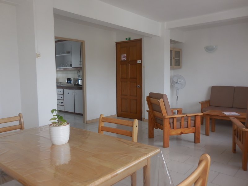 La Pninsule - Town Apartment in Curepipe 2, location de vacances à Curepipe