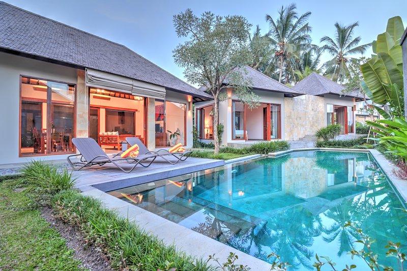 '75% OFF' Nice view private 2BR villa 5 Mins to ubud center, location de vacances à Kedewatan