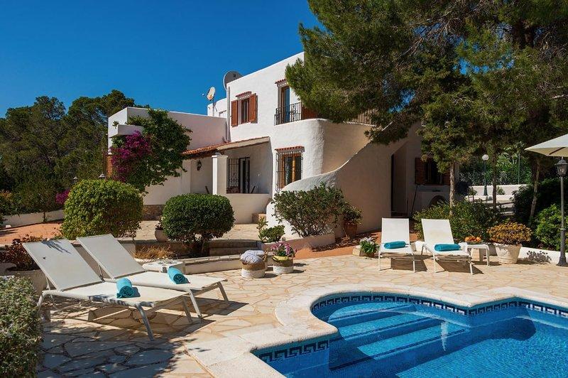 Villa Can Jasa, holiday rental in Sant Antoni de Portmany