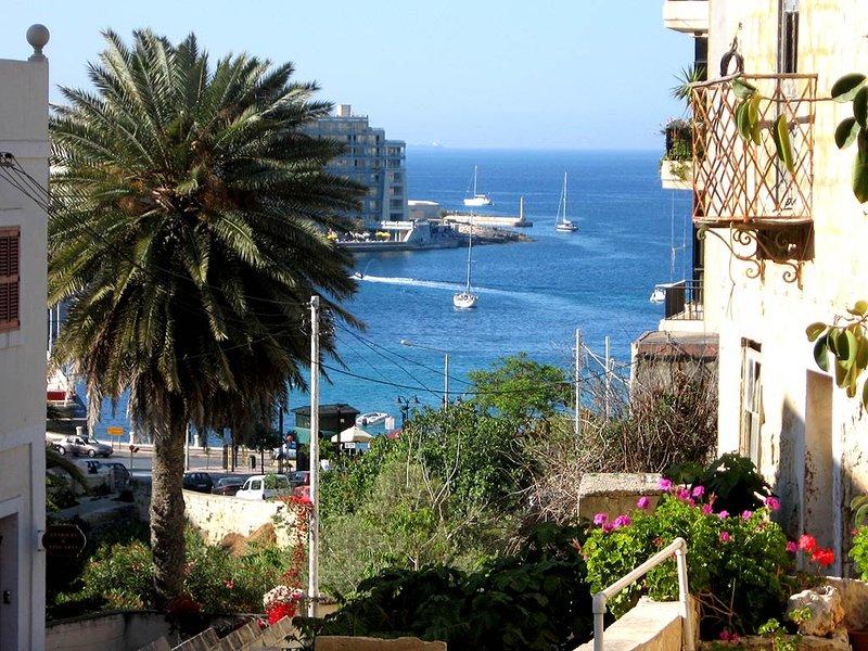 Sea view and central in Sliema sea promenade.