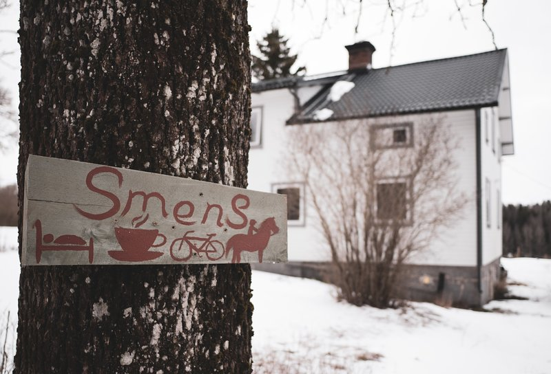 Smens Experience Retreat - authentic country home nestled by the forest, holiday rental in Forsbo