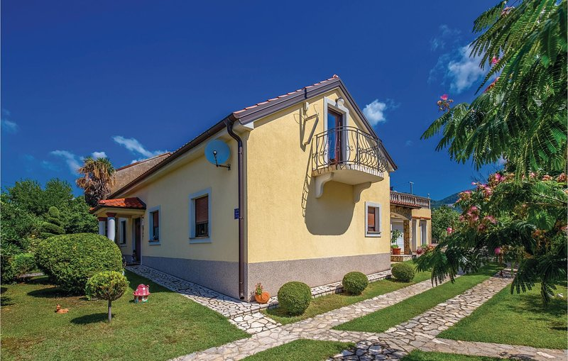 Awesome home in Hreljin with WiFi and 1 Bedrooms (CKA116), vacation rental in Zlobin