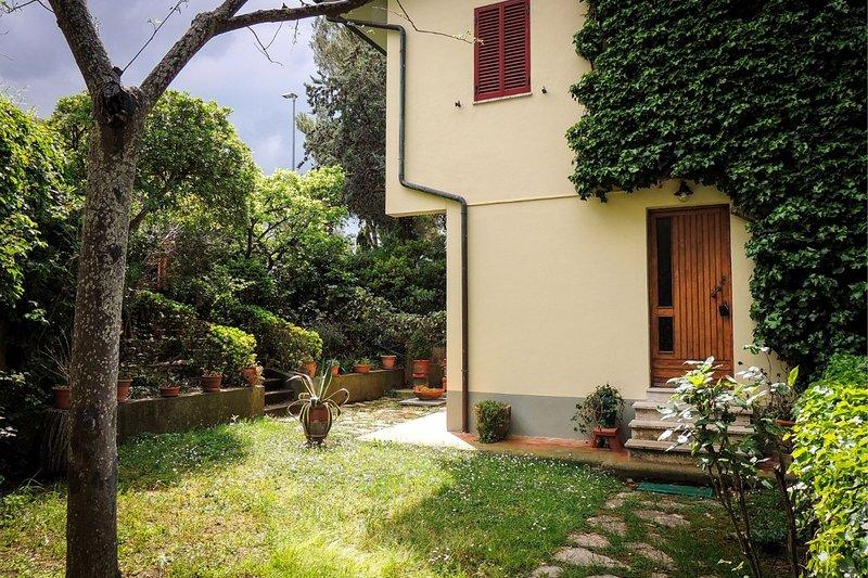 Terratetto con giardino e vista mare - AS 23, location de vacances à Nibbiaia
