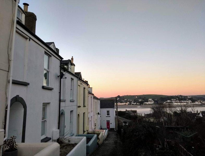 Abernyte Cottage, Appledore, North Devon - Sea Views / Sleeps 7 / 3 bedrooms, holiday rental in Appledore