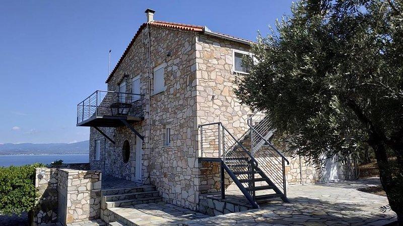 Η VILLLA IRINA ένα πολυτελές εξοχικό 100τ.μ., holiday rental in Gialtra