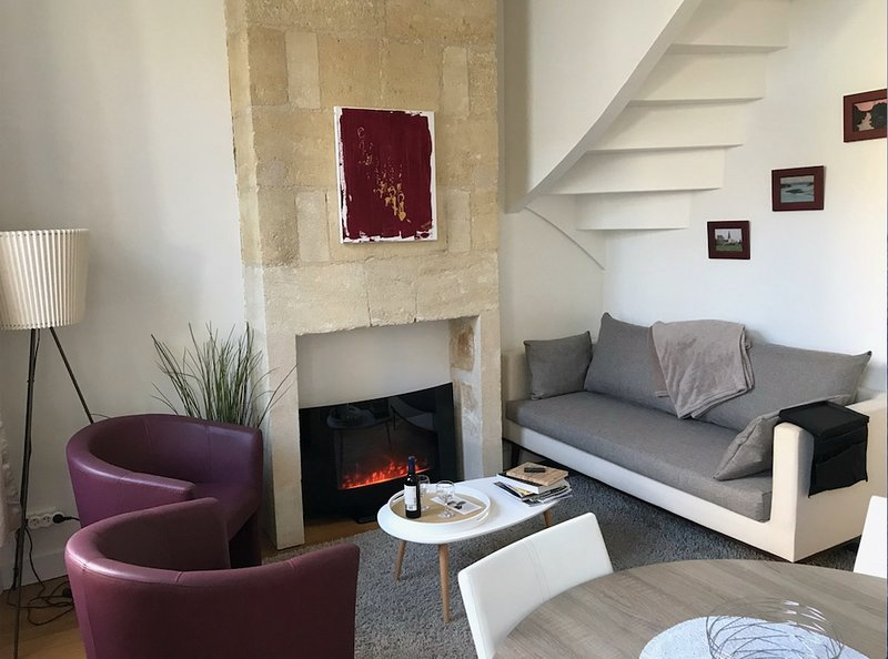 Bordeaux centre, Duplex de charme pour 4 personnes, vacation rental in Bruges
