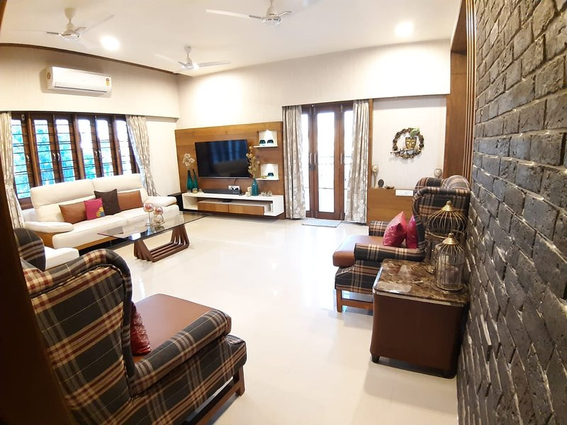 The Penthouze, holiday rental in Gujarat